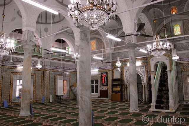 Tripoli: Gurgi mosque interior