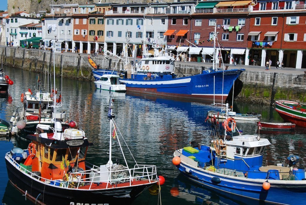 San Sebastian port_fishing-boats