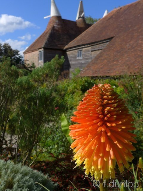 Sussex_Great_Dixter_oast_house