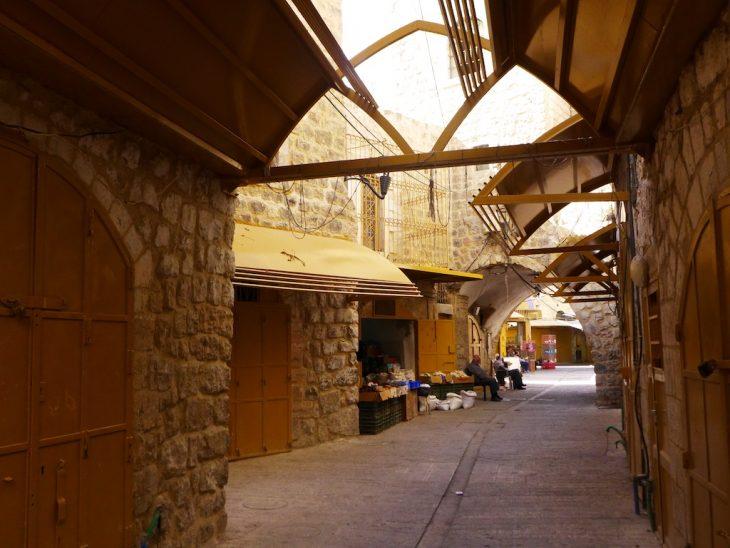 Hebron old city shuttered shops
