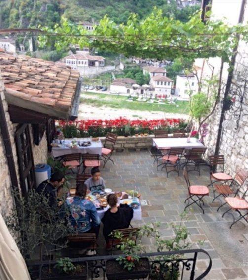 Berat guesthouse terrace