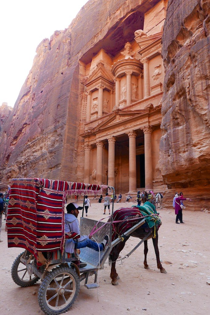 Petra - the Treasury and horse-drawn carriage