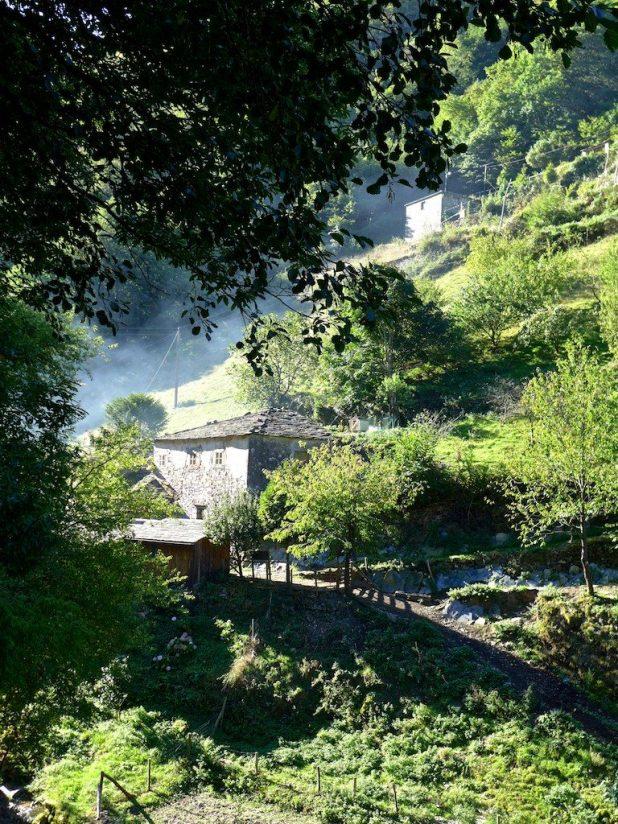 Asturias, Os Teixois village