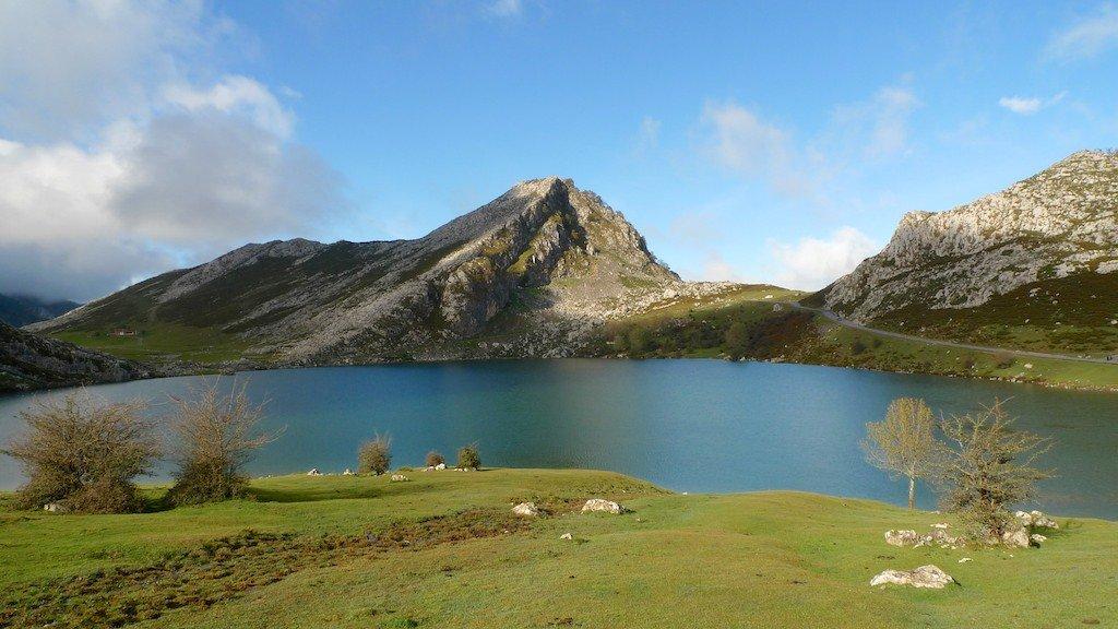 Spain, Asturias, Lago de Enol