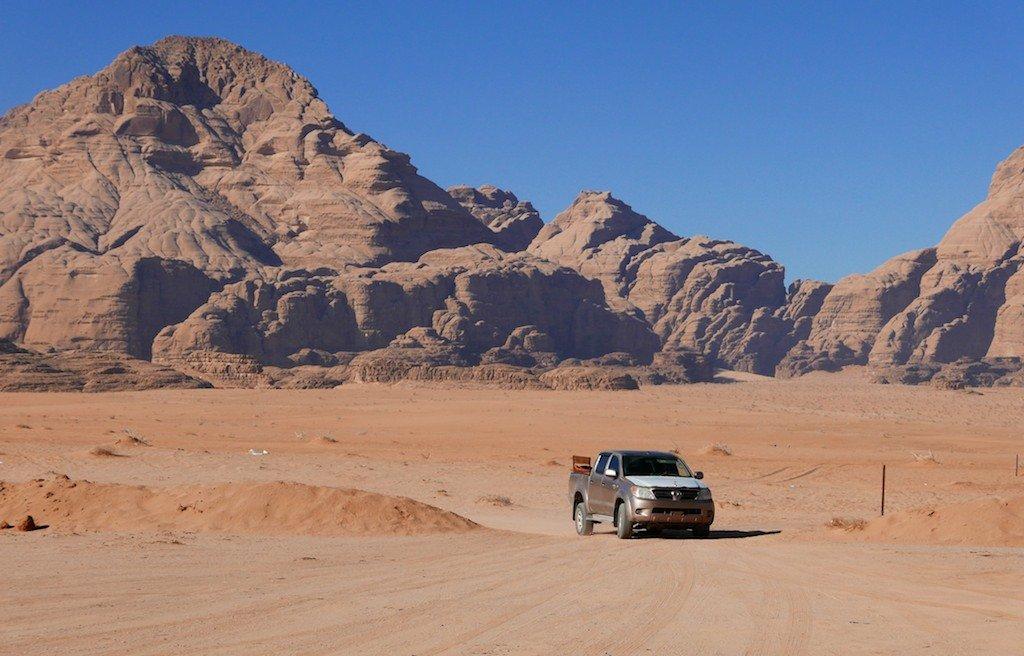 Jordan, Wadi Rum, desert, sandstone, jeep