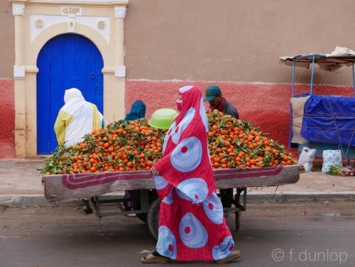 Morocco_Tiznit_oranges_souk